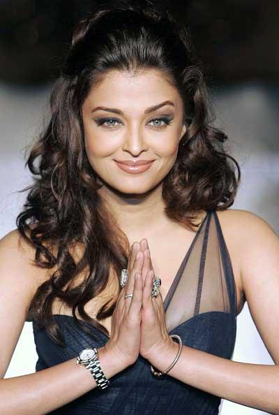 Aishwarya Rai Bachchan hot cute sexy
