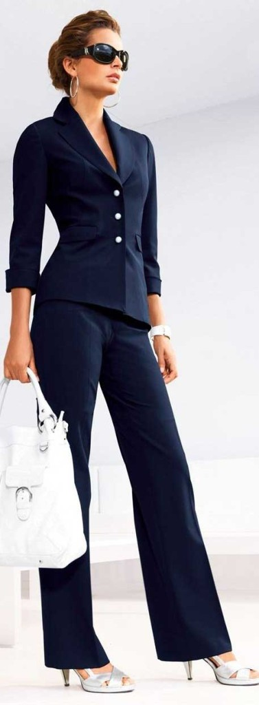 Dress for success at work or for the job interview Classic Navy work style women