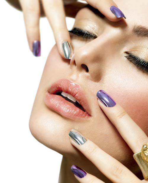 Make-up-and-Manicure.-Nail-Polish hot cute sexy-Beauty-Skin-and-Nails.