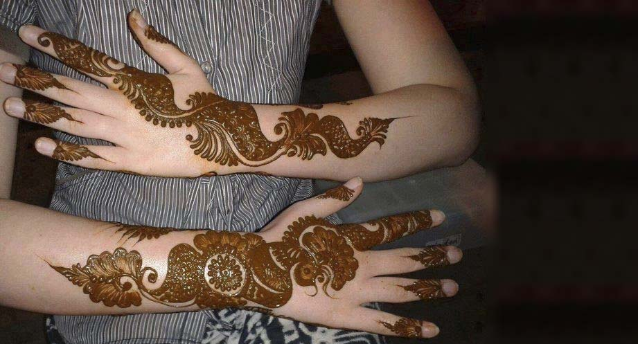 Mehndi-design for full hand