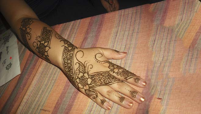 lovely-Mehndi-Designs-for hand