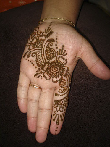 lovely-easy-Arabic-Mehndi-Designs