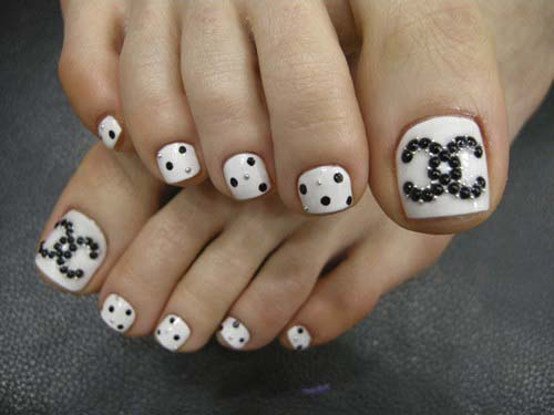 simple-toe-nail-designs-black-and-white-cute-hot