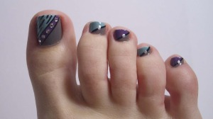 7 Beautiful Toe Nail Designs 2014