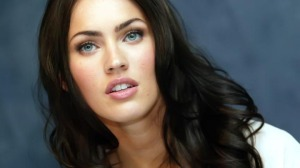 10 Most Attractive Female Celebrities in USA