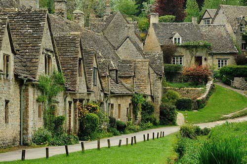 Arlington-Row-Bibury