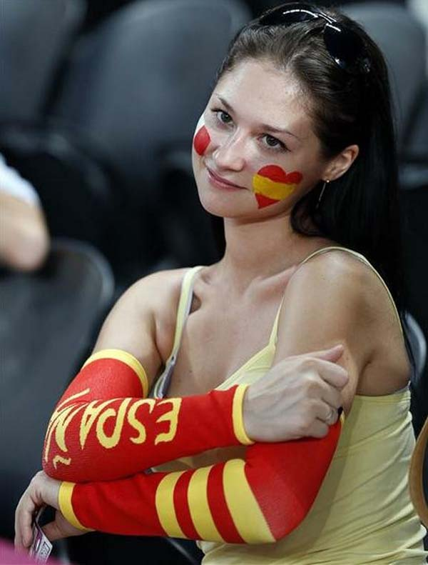 Hottest-fans-of-the-FIFA-2014-World-Cup-sexy cute hot beautiful gorgeous lovely