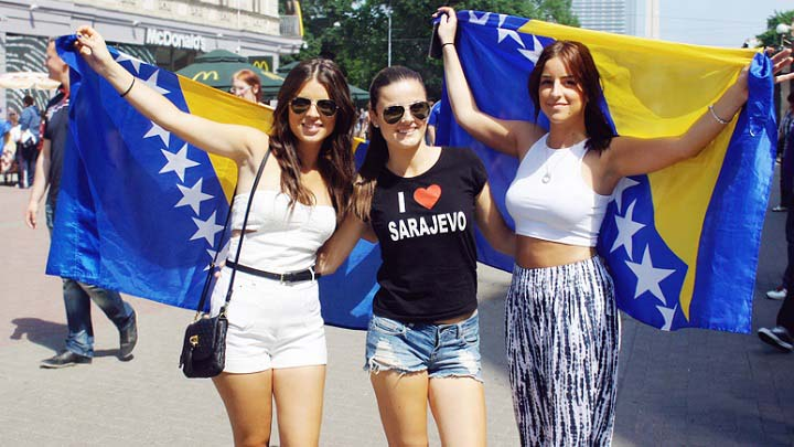 Most Beautiful and Gorgeous Fans of FIFA 2014