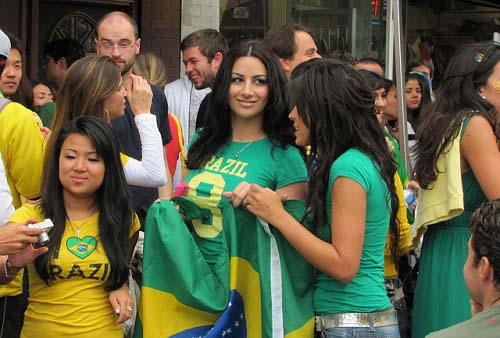 brazil-lovely sexy fan hottest cute fifa 2014 world cup fan