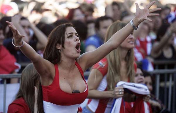 gorgeous-Hottest-fans-of-the-FIFA-2014-World-Cup-sexy cute hot beautiful gorgeous lovely