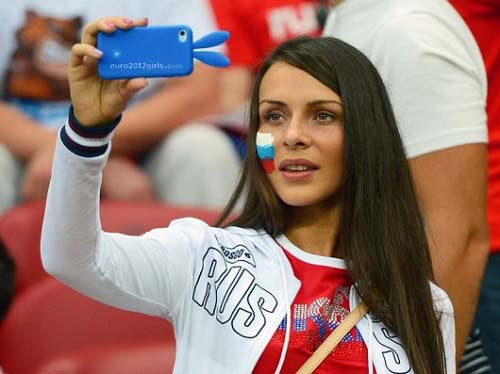 russian-girl hottest fan of fifa 2014 world cup