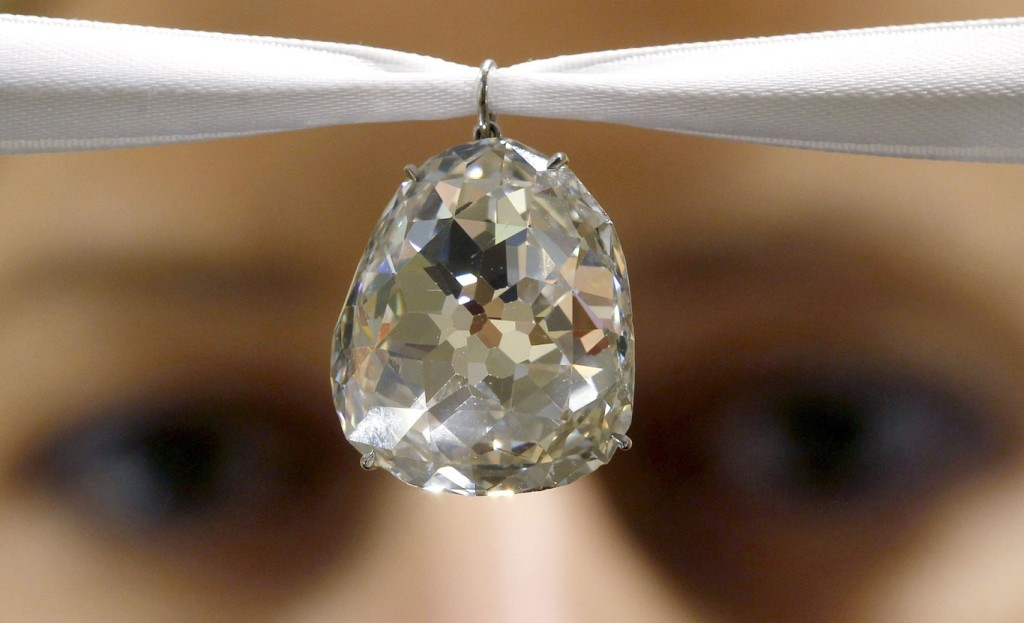Top 10 Expensive Diamonds in the World beau-sancy-diamond