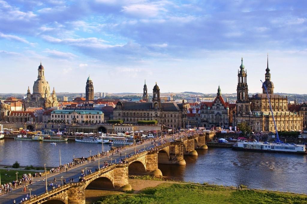 Dresden-City-Bridge-MUNICH