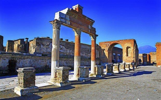 Pompeii And Herculaneum Italy