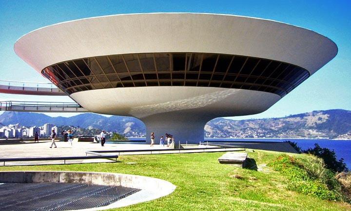 The-Niteroi-Contemporary-Art-Museum-Brazil