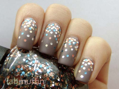 how to put Glitter-Matte-Nails