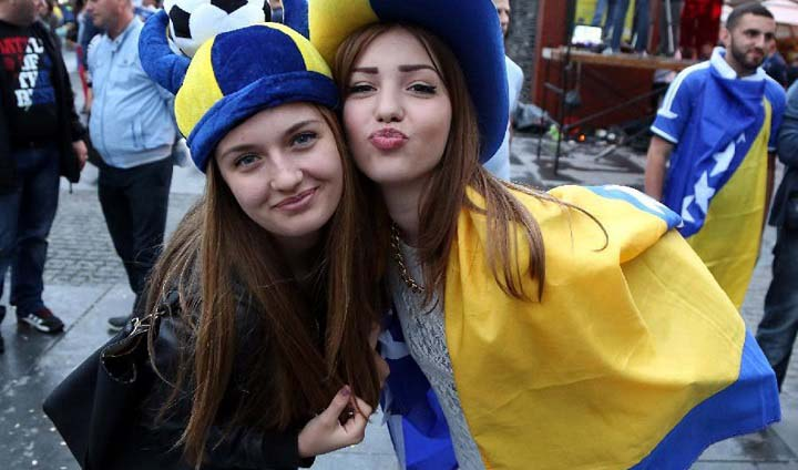 beautiful fans of FIFA World Cup 2014