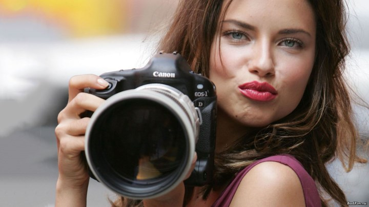 Top 10 Most Beautiful Brunettes in The World