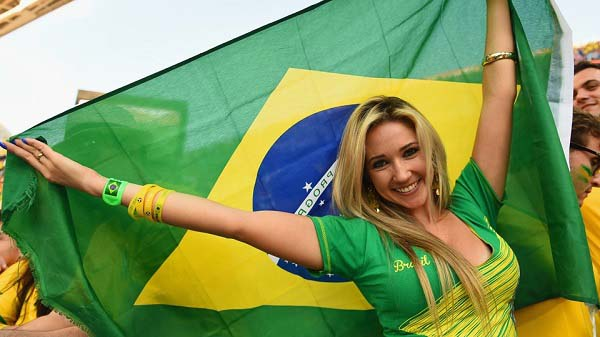 Hot-Fans-Picture-of-Opening-Ceremony-FIFA-World-Cup-2014 brazil