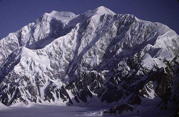 Mount Logan wallpapers