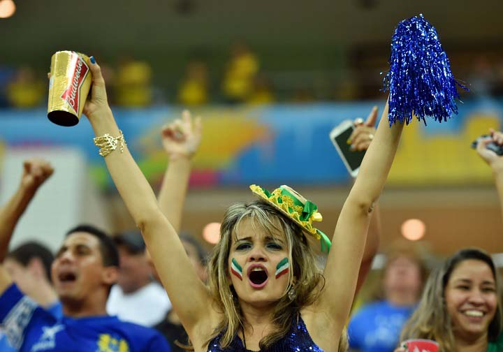Sexy-World-Cup-fans at fifa 2014