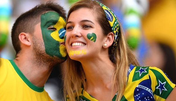 12 Hottest Fans At FIFA 2014 World Cup
