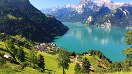 View Of A Wonderful Fjord HD Desktop Background