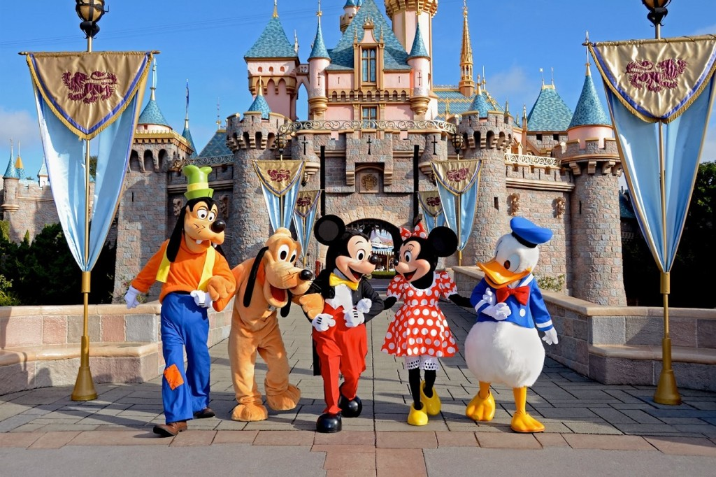 10 Best places to visit in usa walt-disney-world