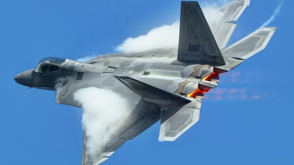 Top Ten Best Fighter Jets in the World f-22-rear-qtr-vapor-burner